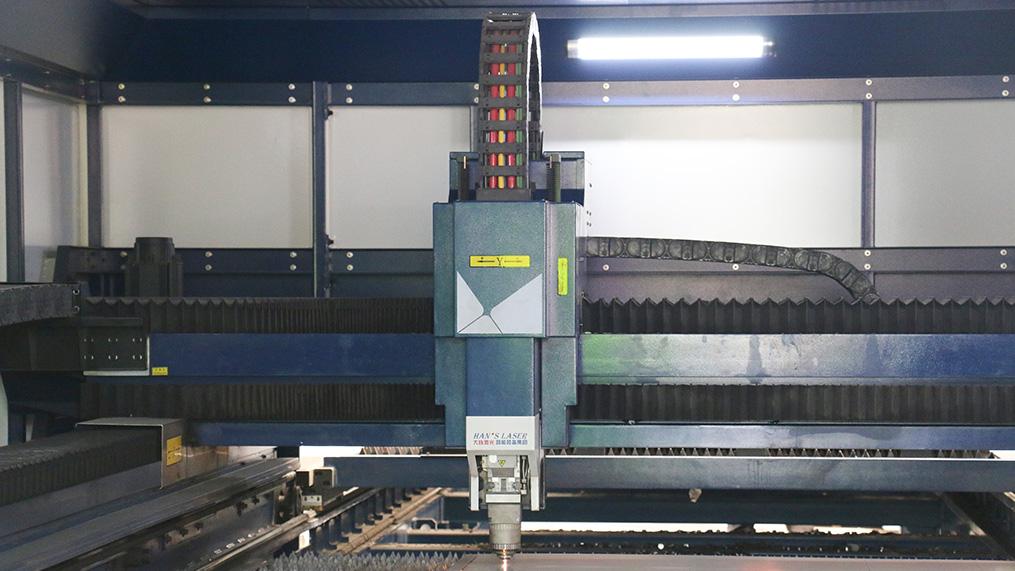 大族激光不锈钢剪裁设备