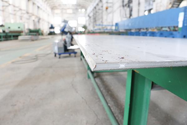 不锈钢刨边产品